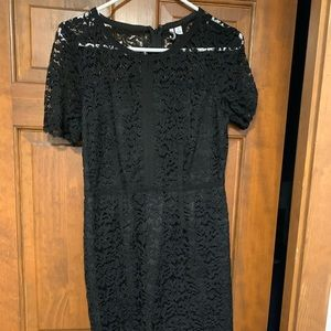 Elle black lace dress